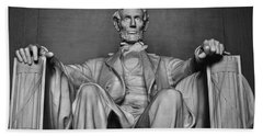 Beach Towel featuring the photograph Lincoln Memorial by Kyle Hanson