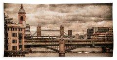 London, England - London Bridges Beach Towel