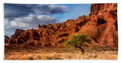 Lone Tree At Capitol Reef Beach Towel