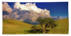 Lone Tree With Storm Clouds Beach Towel