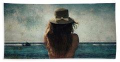 Looking At The Horizon Beach Sheet