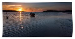 Beach Towel featuring the photograph Looking For Night by Edgar Laureano