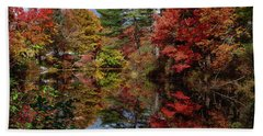 Beach Towel featuring the photograph Looking Up The Chocorua River by Jeff Folger