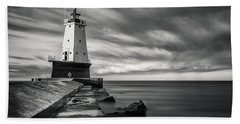 Beach Sheet featuring the photograph Ludington Light Black And White by Adam Romanowicz