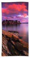 Maine Pound Of Tea Island Sunset At Freeport Beach Towel