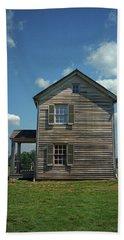 Beach Towel featuring the photograph Manassas Battlefield Farmhouse by Frank Romeo