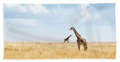 Masai Giraffe In Kenya Plains Beach Sheet