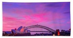 memories of Sydney3 Beach Towel