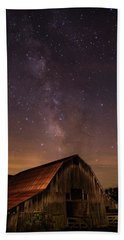 Milky Way Over Boxley Barn Beach Towel