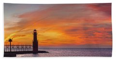 Beach Towel featuring the photograph Mine Eyes Have Seen The Glory by Bill Pevlor