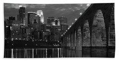 Minneapolis Stone Arch Bridge Bw Beach Sheet