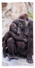 Mom And Baby Gorilla Sitting Beach Sheet by Stephanie Hayes