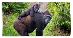 Mom And Baby Gorilla Beach Sheet by Stephanie Hayes