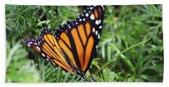 Monarch Butterfly In Lush Leaves Beach Sheet