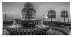 Monochrome Pineapple Beach Sheet