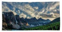 Moraine Lake Sunset - Golden Rays Beach Towel