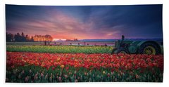 Mt. Hood And Tulip Field At Dawn Beach Towel