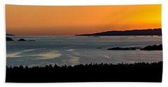 Beach Towel featuring the photograph Neys Horizon by Doug Gibbons