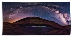 Night Sky Over Mesa Arch Utah Beach Sheet