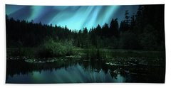 Northern Lights Over Lily Pond Beach Towel