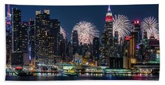 Beach Towel featuring the photograph Nyc 4th Of July Fireworks Celebration by Susan Candelario