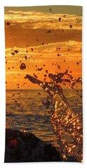 Ocean Splash Beach Sheet by L Hollis