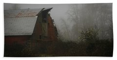Old Barn In Fog Beach Towel