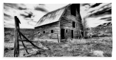 Old Black And White Barn Colorado. Beach Towel