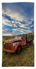 Old Duck Farm Truck Beach Sheet