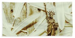 Old-fashioned Statue Of Liberty Monument Beach Towel