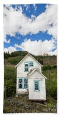 Old Mining Home In Silverton Beach Towel
