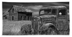 Old Vintage Pickup In Black And White By An Abandoned Farm House Beach Towel