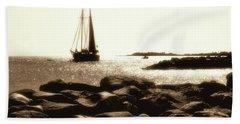 On The Rocks Beach Sheet