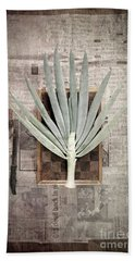 Beach Towel featuring the photograph Onion by Linda Lees