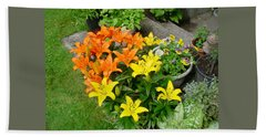 Orange And Yellow Lilies Beach Sheet