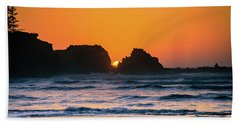 Beach Towel featuring the photograph Oregon Sunset by Bryan Carter
