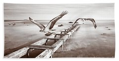 Designs Similar to Osprey On The Move Bw