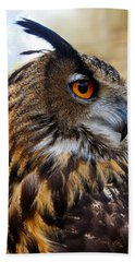 Owl-cry Beach Towel