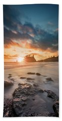 Beach Towel featuring the photograph Pacific Sunset At Olympic National Park by William Lee