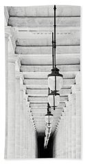 Palais-royal Arcade Black And White - Paris, France Beach Sheet by Melanie Alexandra Price