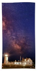 Pemaquid Point Lighthouse And The Milky Way Beach Towel