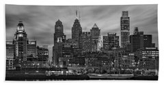 Philadelphia Skyline Bw Beach Sheet by Susan Candelario