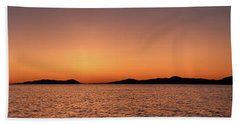 Beach Towel featuring the photograph Pic Horizons by Doug Gibbons