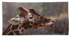 Portrait Of A Giraffe Beach Sheet by Ernie Echols