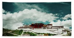 Potala Palace. Lhasa, Tibet. Dalai Lama. Yantra.lv Beach Towel