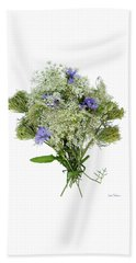 Queen Anne's Lace With Purple Flowers Beach Towel