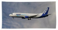 Quikjet Cargo Airlines Boeing 737-43q Beach Towel
