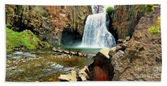 Rainbow Falls 2 Beach Towel