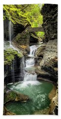 Rainbow Falls Gorge Beach Towel