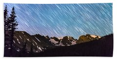 Raining Stars Over Longs Lake And The Indian Peaks Beach Towel